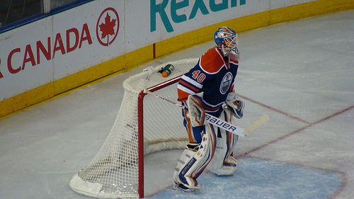 Edmonton Oilers #40 Devan Dubnyk. Photo taken by Kaz Andrew in 2013.